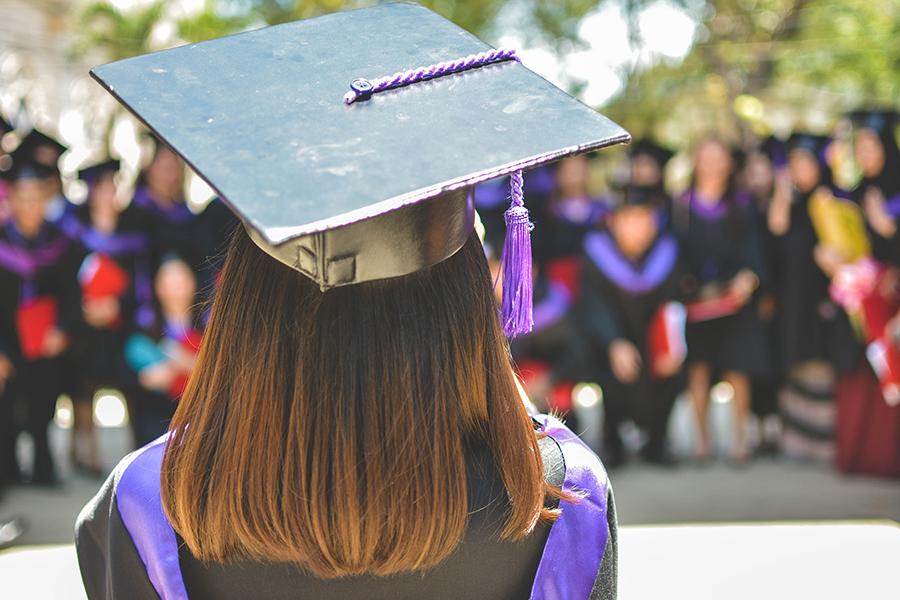 Låna pengar till utbildning – här är alternativen